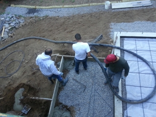 Starting to pump the cement