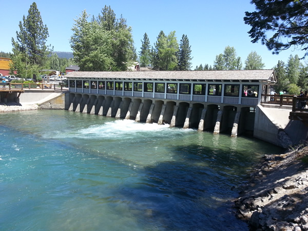 Lake Tahoe water being released into the Truckee River