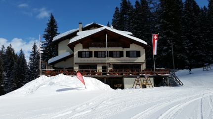 One of the two restaurants at the end of the gondola